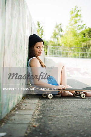 Girl Hanging out in Skatepark, Feudenheim, Mannheim, Baden-Wurttemberg, Germany Stock Photo - Premium Royalty-Free, Image code: 600-06894949