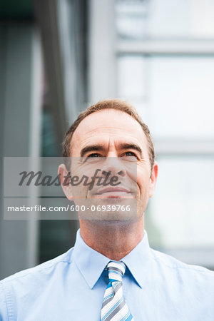 Portrait of Businessman Outdoors, Mannheim, Baden-Wurttemberg, Germany Stock Photo - Premium Royalty-Free, Image code: 600-06939766