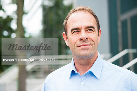 Portrait of Businessman Outdoors, Mannheim, Baden-Wurttemberg, Germany Stock Photo - Premium Royalty-Free, Image code: 600-06939767
