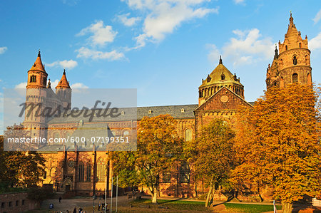 Worms Cathedral in Autumn, Worms, Rhineland-Palatinate, Germany Stock Photo - Premium Royalty-Free, Image code: 600-07199351