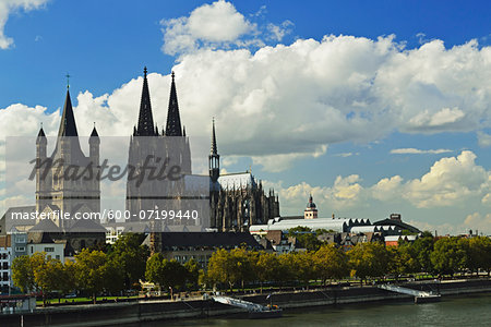Cologne Cathedral and Rhine River, Cologne, North Rhine-Westphalia, Germany Stock Photo - Premium Royalty-Free, Image code: 600-07199440