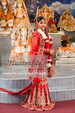 Portrait of Hindu Bride, Toronto, Ontario, Canada Stock Photo - Premium Royalty-Free, Image code: 600-07204155