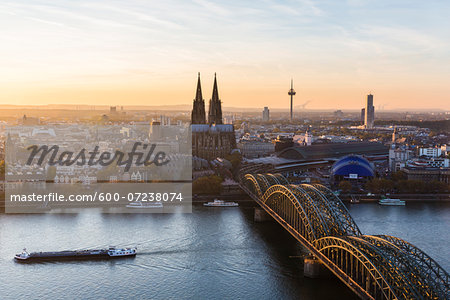 Elevated View of Hohenzollern Railroad Bridge over River Rhine by Cologne Cathedral at Sunset, North Rhine-Westphalia, Germany Stock Photo - Premium Royalty-Free, Image code: 600-07238074