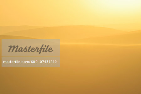 Golden Glow on Sand Dunes with Morning Mist, Matruh, Great Sand Sea, Libyan Desert, Sahara Desert, Egypt, North Africa, Africa Stock Photo - Premium Royalty-Free, Image code: 600-07431210