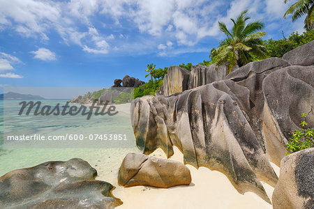 Rock Formations and Palm Trees, Anse Source d´Argent, La Digue, Seychelles Stock Photo - Premium Royalty-Free, Image code: 600-07453851