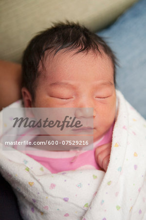 Portrait of Newborn Baby Girl Stock Photo - Premium Royalty-Free, Image code: 600-07529216