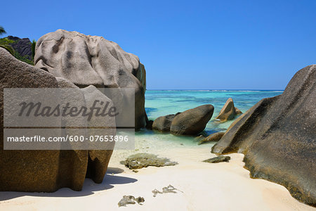 Anse Source d'Argent with Sculpted Rocks, La Digue, Seychelles Stock Photo - Premium Royalty-Free, Image code: 600-07653896