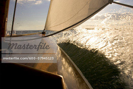 Sailing aboard an SS class sailboat from the Museum of Yachting in Newport, Rhode Island, USA Stock Photo - Premium Royalty-Free, Image code: 600-07945123