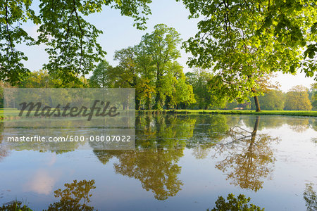 Lake in Spring, Park Schonbusch, Aschaffenburg, Lower Franconia, Bavaria, Germany Stock Photo - Premium Royalty-Free, Image code: 600-08007022