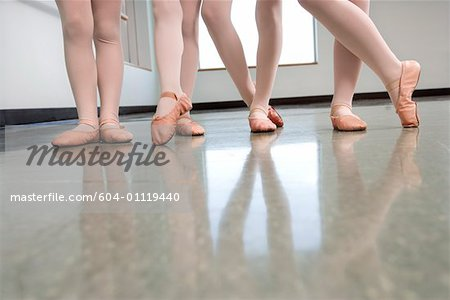 Legs of ballet students Stock Photo - Premium Royalty-Free, Image code: 604-01119440