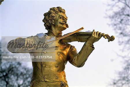 Austria, Vienna, Stadtpark, Johann Strauss monument, detail Stock Photo - Premium Royalty-Free, Image code: 610-02373754