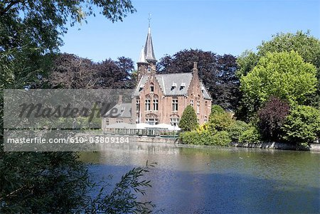 Belgium, Bruges, ancient houses and lake of love Stock Photo - Premium Royalty-Free, Image code: 610-03809184