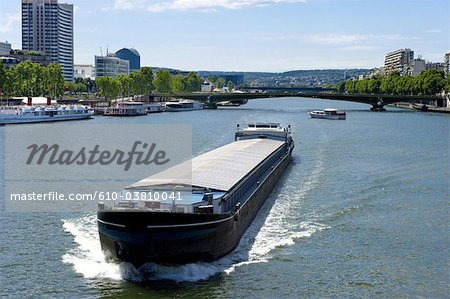 France, Paris (75), Ile de France, pont Mirabeau and barges Stock Photo - Premium Royalty-Free, Image code: 610-03810041