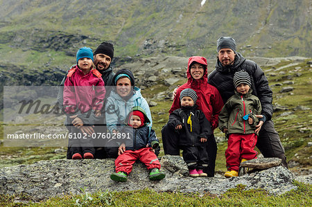 Parents with children posing, Kebnekaise, Lapland, Sweden Stock Photo - Premium Royalty-Free, Image code: 6102-07602891