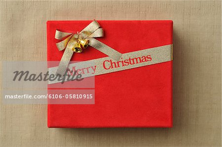 Christmas present Stock Photo - Premium Royalty-Free, Image code: 6106-05810915