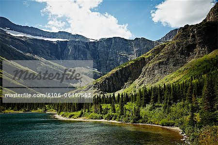 Bullhead Lake in Glacier National Park Stock Photo - Premium Royalty-Free, Image code: 6106-06497553