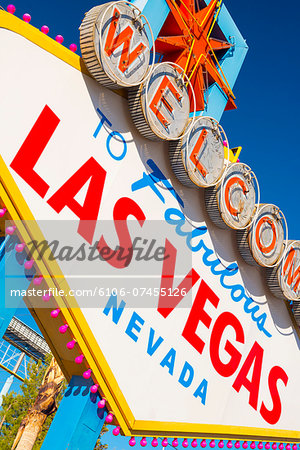 "Las Vegas, ""Welcome To Fabulous Las Vegas"" Sign Stock Photo - Premium Royalty-Free, Image code: 6106-07455126"