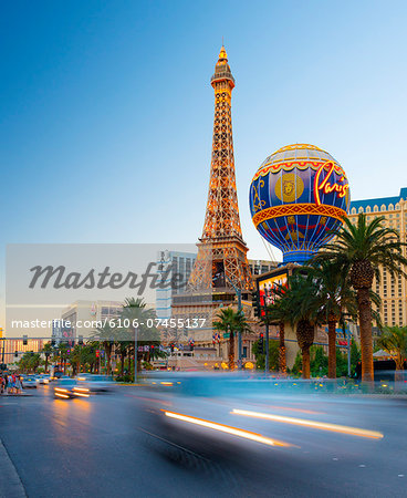 Las Vegas, The Strip, Paris Las Vegas Hotel Stock Photo - Premium Royalty-Free, Image code: 6106-07455137