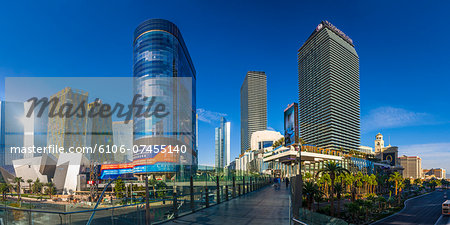 Las Vegas, The Cosmopolitan and CityCenter Stock Photo - Premium Royalty-Free, Image code: 6106-07455140