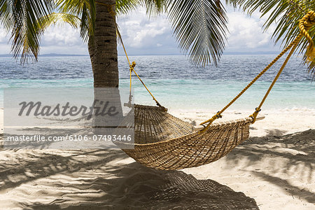 Hammock, Malapasqua, Philippines Stock Photo - Premium Royalty-Free, Image code: 6106-07493446