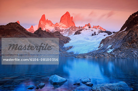 Argentina, Patagonia, Los Glaciares National Park Stock Photo - Premium Royalty-Free, Image code: 6106-08100356