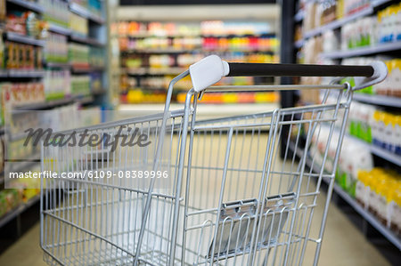 View of an empty trolley Stock Photo - Premium Royalty-Free, Image code: 6109-08389996