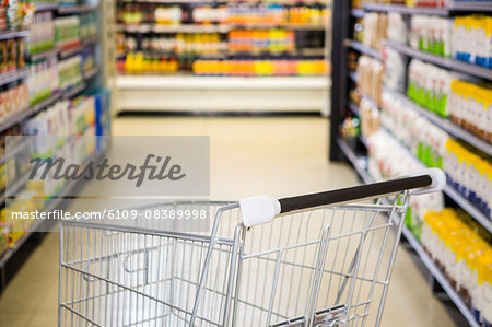 View of an empty trolley Stock Photo - Premium Royalty-Free, Image code: 6109-08389998