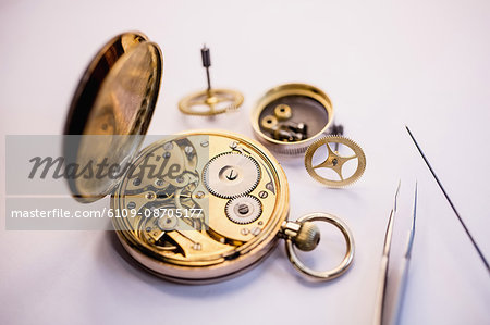 Old pocket watch machine with gears Stock Photo - Premium Royalty-Free, Image code: 6109-08705177