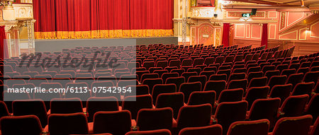 Empty chairs in theater Stock Photo - Premium Royalty-Free, Image code: 6113-07542954