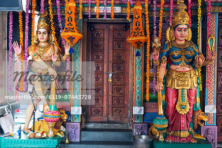 Sri Vadapathira Kaliamman Hindu Temple, Little India, Singapore, Southeast Asia, Asia Stock Photo - Premium Royalty-Free, Image code: 6119-07443728