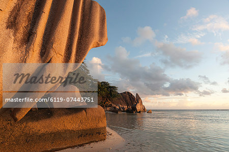 Anse Source d'Argent beach, La Digue, Seychelles, Indian Ocean, Africa Stock Photo - Premium Royalty-Free, Image code: 6119-07443751