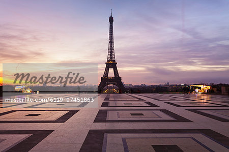 Trocadero and Eiffel Tower at sunrise, Paris, Ile de France, France, Europe Stock Photo - Premium Royalty-Free, Image code: 6119-07451863