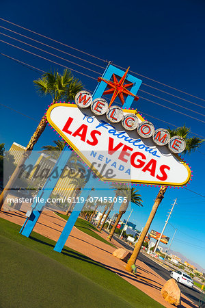 Welcome To Fabulous Las Vegas sign, Las Vegas, Nevada, United States of America, North America Stock Photo - Premium Royalty-Free, Image code: 6119-07453055