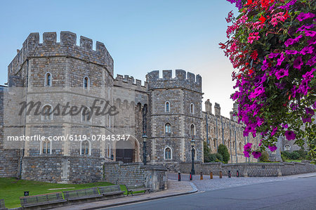 Windsor Castle in the morning with flowers in hanging baskets, Windsor, Berkshire, England, United Kingdom, Europe Stock Photo - Premium Royalty-Free, Image code: 6119-07845347