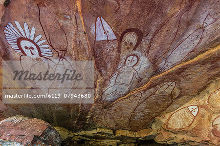Aboriginal Wandjina cave artwork in sandstone caves at Raft Point, Kimberley, Western Australia, Australia, Pacific Stock Photo - Premium Royalty-Free, Image code: 6119-07943680