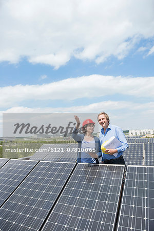 Photo-voltaic park architect female meeting client Stock Photo - Premium Royalty-Free, Image code: 6121-07810065