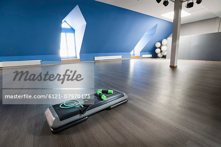 Fitness equipment empty hall room still life Stock Photo - Premium Royalty-Free, Image code: 6121-07970173