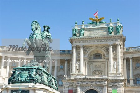 Austria, Vienna, Hofburg Palace and statue of Prince Eugen of Savoy Stock Photo - Premium Royalty-Free, Image code: 613-01285631