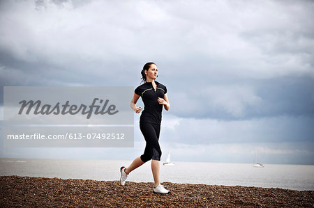 female runner Stock Photo - Premium Royalty-Free, Image code: 613-07492512