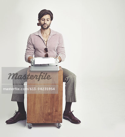 Getting back to writing basics Stock Photo - Premium Royalty-Free, Image code: 613-08235954