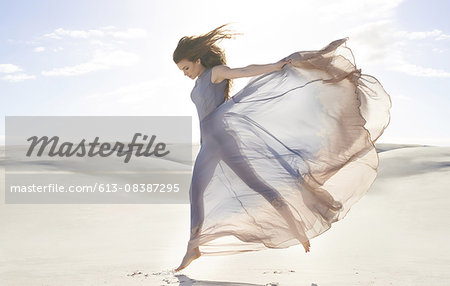 Goddess of freedom Stock Photo - Premium Royalty-Free, Image code: 613-08387295