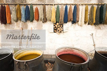 Dyes for carpet wool Stock Photo - Premium Royalty-Free, Image code: 614-02241567