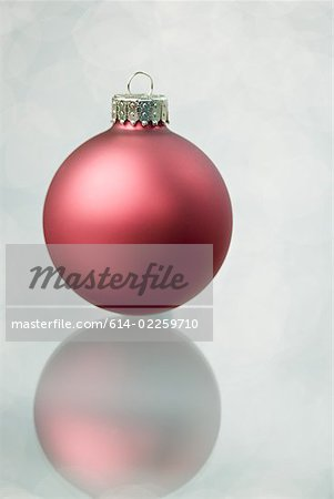 Christmas bauble Stock Photo - Premium Royalty-Free, Image code: 614-02259710