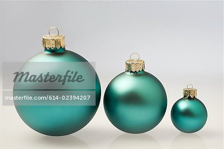 Chrtistmas baubles Stock Photo - Premium Royalty-Free, Image code: 614-02394207