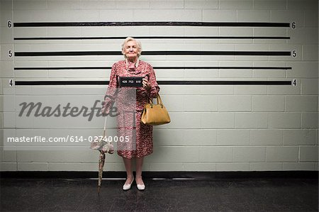 MUgshot of senior woman Stock Photo - Premium Royalty-Free, Image code: 614-02740005