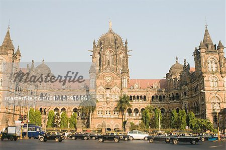 Chhatrapati shivaji terminus Stock Photo - Premium Royalty-Free, Code: 614-02934861