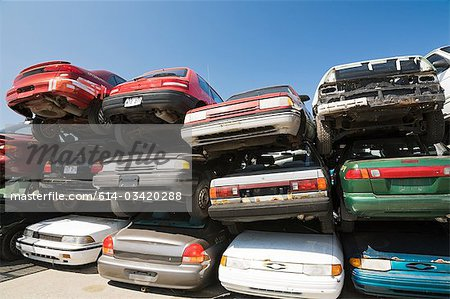 Cars at scrap yard Stock Photo - Premium Royalty-Free, Image code: 614-03420288