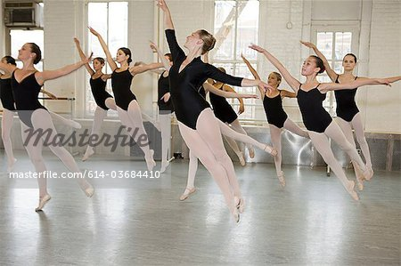 Ballerinas jumping Stock Photo - Premium Royalty-Free, Image code: 614-03684410