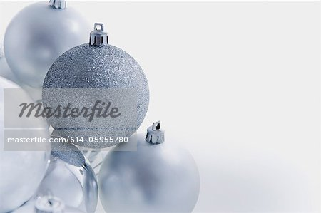 Silver christmas baubles Stock Photo - Premium Royalty-Free, Image code: 614-05955780