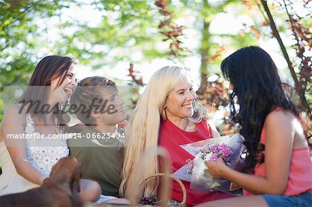 Family having picnic together Stock Photo - Premium Royalty-Free, Image code: 614-06623494